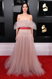 Kacey Musgraves looked ethereal in a strapless blush tulle gown by Valentino Couture at the 2019 Grammys.