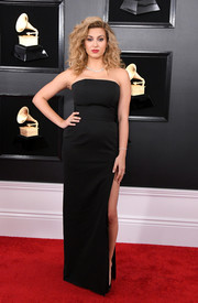 Tori Kelly kept it minimal in a strapless black column dress by Paule Ka at the 2019 Grammys.