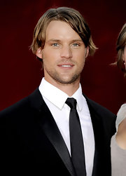 Jesse wears his hair a bit longer for the Emmy awards.