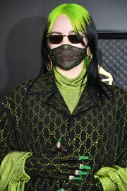 Billie Eilish rocked a green Gucci mani to match her outfit at the 2020 Grammys.
