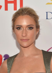 Kristin Cavallari swept her hair back into a simple yet elegant loose bun for the Miss Universe Pageant.