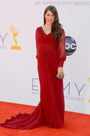 Mayim looked truly romantic in her rich red chiffon gown at the 2012 Emmys.