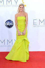 Julie took home her Best Actress award in this strapless chartreuse number.