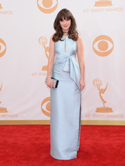 Zooey kept her look simple and elegant with a pale blue column-style dress with a bow accent under the bust for the red carpet of the 2013 Emmy Awards.