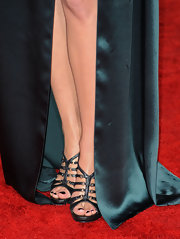 Marion Cotillard paired a stunning teal gown with matching snakeskin sandals.