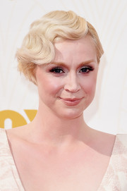 Gwendoline Christie brought the '20s to the Emmys with this finger wave.