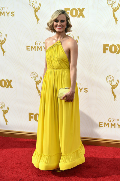 More Pics of Taylor Schilling Bright Lipstick (2 of 20) - Makeup Lookbook - StyleBistro [red carpet,yellow,clothing,carpet,dress,shoulder,flooring,gown,hairstyle,fashion,arrivals,taylor schilling,microsoft theater,los angeles,california,primetime emmy awards]