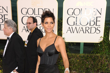 Halle Berry Is Ready for Bed in Nina Ricci at the Golden Globes