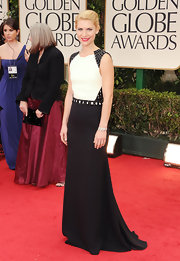 Claire Danes looked avant-garde in a tough black-and-white gown at the Golden Globes.
