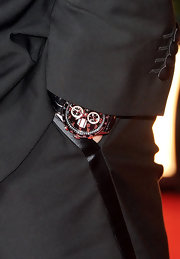 A leather-band chronograph watch added a sporty touch to Leonardo DiCaprio's Golden Globes ensemble.