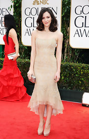 Katharine McPhee stuck to neutrals at the 2012 Golden Globes, opting for nude platform pumps.