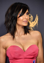 Padma Lakshmi was punk-glam with her choppy layers at the 2017 Emmys.