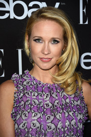 Anna Camp made a sweet statement with this side sweep teamed with a floral frock at the Elle Women in Music celebration.