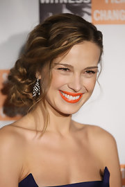 Supermodel Petra Nemcova showed off pinned up ringlets that were elegantly twisted into place.