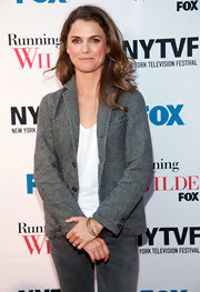 Keri Russell went for a menswear-inspired look with this gray blazer and jeans combo at the 'Running Wilde' premiere.