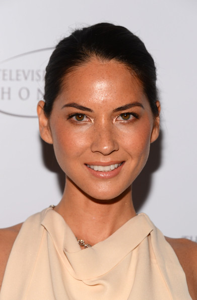 More Pics of Olivia Munn Classic Bun (1 of 13) - Olivia Munn Lookbook - StyleBistro