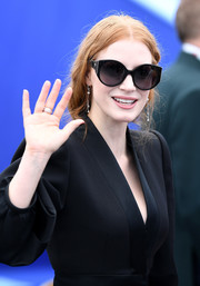 Jessica Chastain arrived for the Cannes Film Festival 70th anniversary photocall wearing a pair of oversized sunglasses.