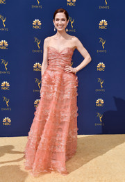 Ellie Kemper was sweet and glam in a tiered, strapless blush gown by J. Mendel at the 2018 Emmys.