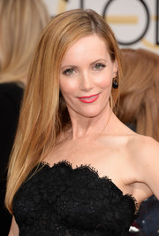 Leslie Mann opted for a loose straight 'do when she attended the Golden Globes.