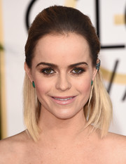 Taryn Manning was rocker-chic with her ombre half-up 'do at the Golden Globes.