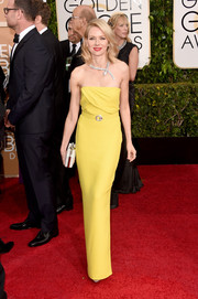 Naomi Watts was an elegant drop of sunshine in her yellow Gucci strapless gown during the Golden Globes.
