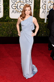 Amy Adams was a classic beauty at the Golden Globes in a powder-blue one-shoulder gown by Atelier Versace.