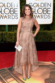 Savannah Guthrie kept it classy in a nude and mauve high-low lace dress at the Golden Globes.