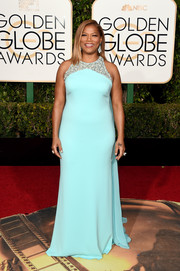 Queen Latifah was a delight to the eyes in her embellished sky-blue Badgley Mischka gown during the Golden Globes.