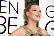 Blake Lively pulled her hair back into a twisty double bun for the Golden Globes.