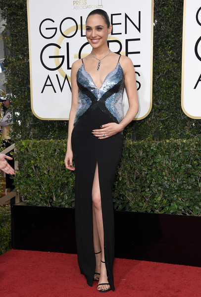 In Mugler At The Golden Globes, 2017