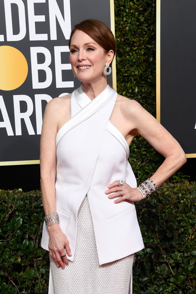 More Pics of Julianne Moore Ponytail (3 of 10) - Julianne Moore Lookbook - StyleBistro [white,clothing,shoulder,beauty,dress,fashion,hairstyle,premiere,cocktail dress,neck,arrivals,julianne moore,the beverly hilton hotel,beverly hills,california,golden globe awards]