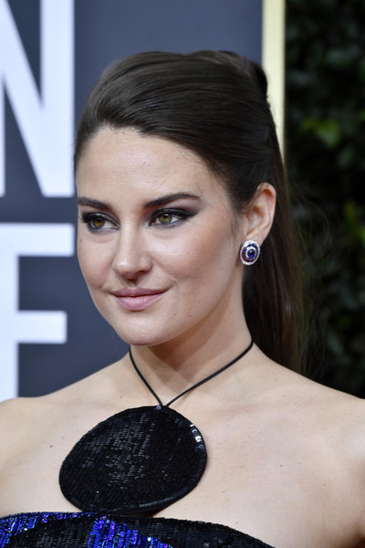 Shailene Woodley pulled her hair back into an elegant ponytail for the 2020 Golden Globes.