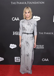 Sofia Boutella looked simply elegant in a paillette-embellished gray gown by Prada at the Haiti Rising Gala.