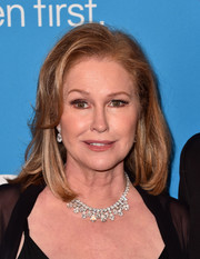 Kathy Hilton kept it classic with this mid-length bob at the 2018 UNICEF Ball.