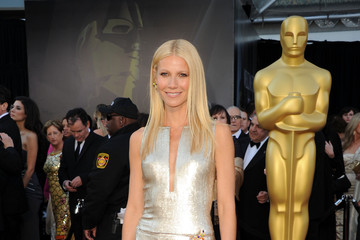 Readers Choice: Gwyneth Paltrow Oscars Dress Ranks #9 on Best Dressed List