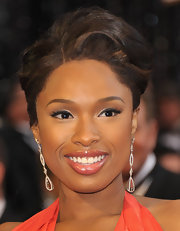 Jennifer Hudson wore elegant diamond teared earrings to the 83rd Annual Academy Awards.