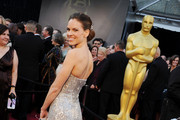 Readers Choice: Hilary Swank Oscars Dress Ranks #5 on Best Dressed List