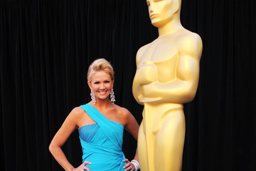 Nancy O'Dell Oscars Dress Ranks #17 on Best Dressed List
