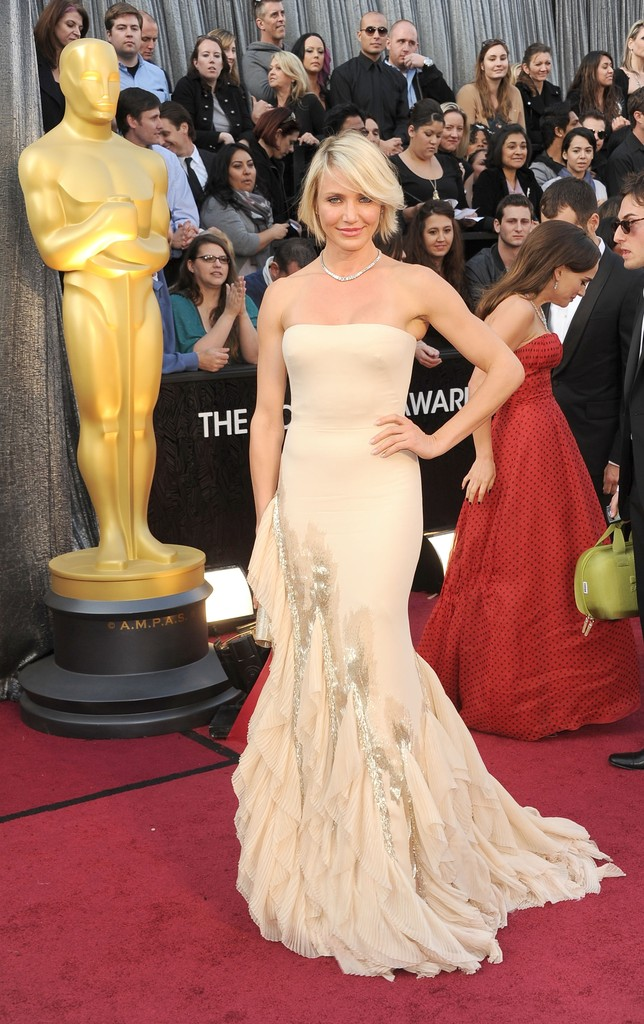 Actress Cameron Diaz arrives at the 84th Annual Academy Awards held at the Hollywood & Highland Center on February 26, 2012 in Hollywood, California.