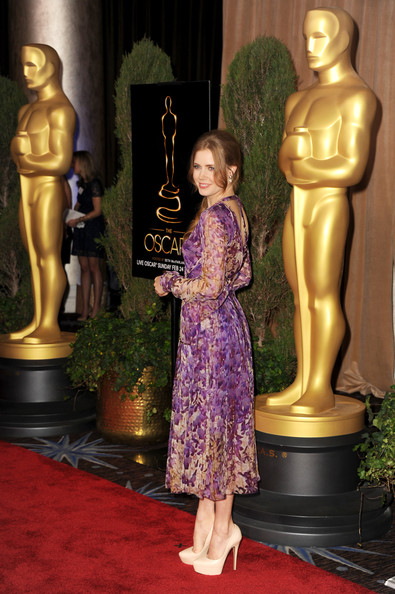 More Pics of Amy Adams Print Dress (1 of 13) - Print Dress Lookbook - StyleBistro