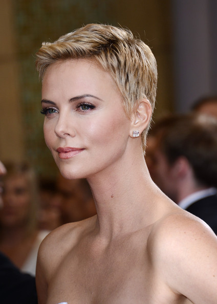 More Pics Of Charlize Theron Pixie 77 Of 86 Short Hairstyles