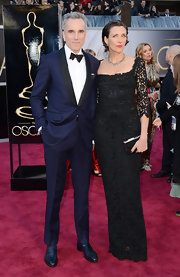 Rebecca Miller was elegant and refined in a black lace gown as she accompanied husband Daniel Day-Lewis to the 2013 Oscars.