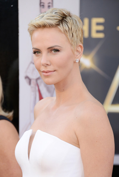 More Pics of Charlize Theron Pink Lipstick (1 of 86) - Charlize Theron Lookbook - StyleBistro