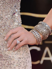 Lara Spencer sparkled from head to toe at the 2013 Oscars, especially with these stackable diamond bangles.