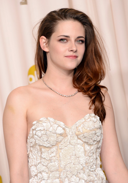More Pics of Kristen Stewart Long Wavy Cut (5 of 23) - Long Wavy Cut Lookbook - StyleBistro