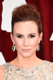 Keltie Knight totally glammed it up with a huge pair of dangling emerald and diamond earrings by Takat.
