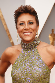 Robin Roberts rocked a fauxhawk at the 2016 Oscars.