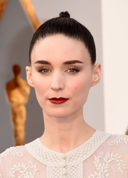 Rooney Mara's red lipstick made a striking contrast to her pale complexion!
