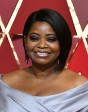 Octavia Spencer topped off her look with a chic graduated bob when she attended the 2017 Oscars.