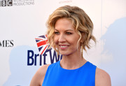 Jenna Elfman looked cute with her short waves at the BritWeek launch party.